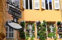 Rue italie 1